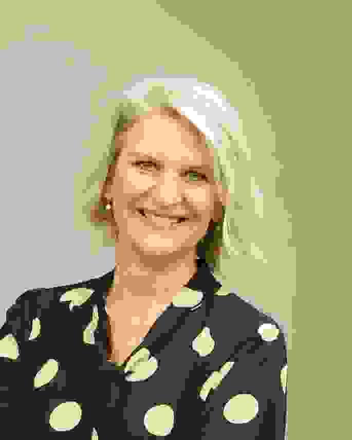 Wyndham, Susan c Marco Lang.jpg